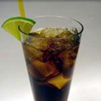 услуги кафе-пиццерии напиток алкогольный коктейль водка-кола изготовление.
